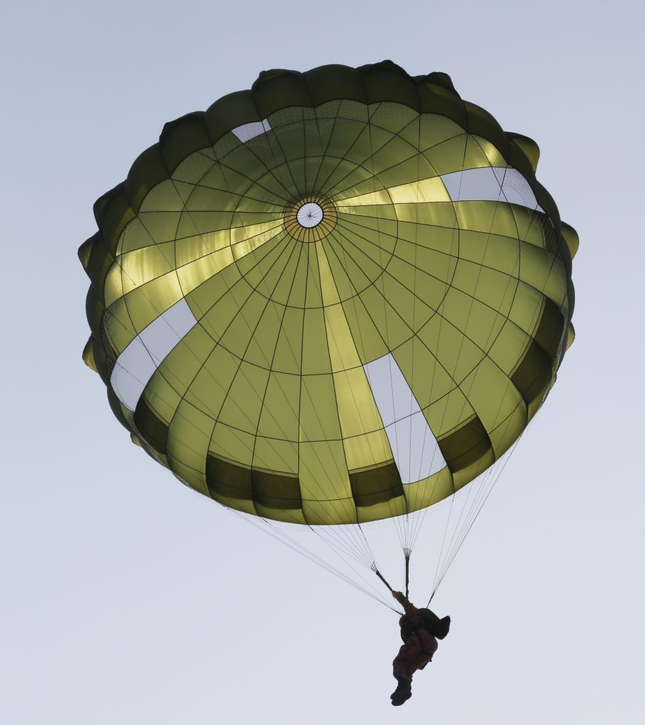 GQ 8m IrvinGQ Low Level Parachute