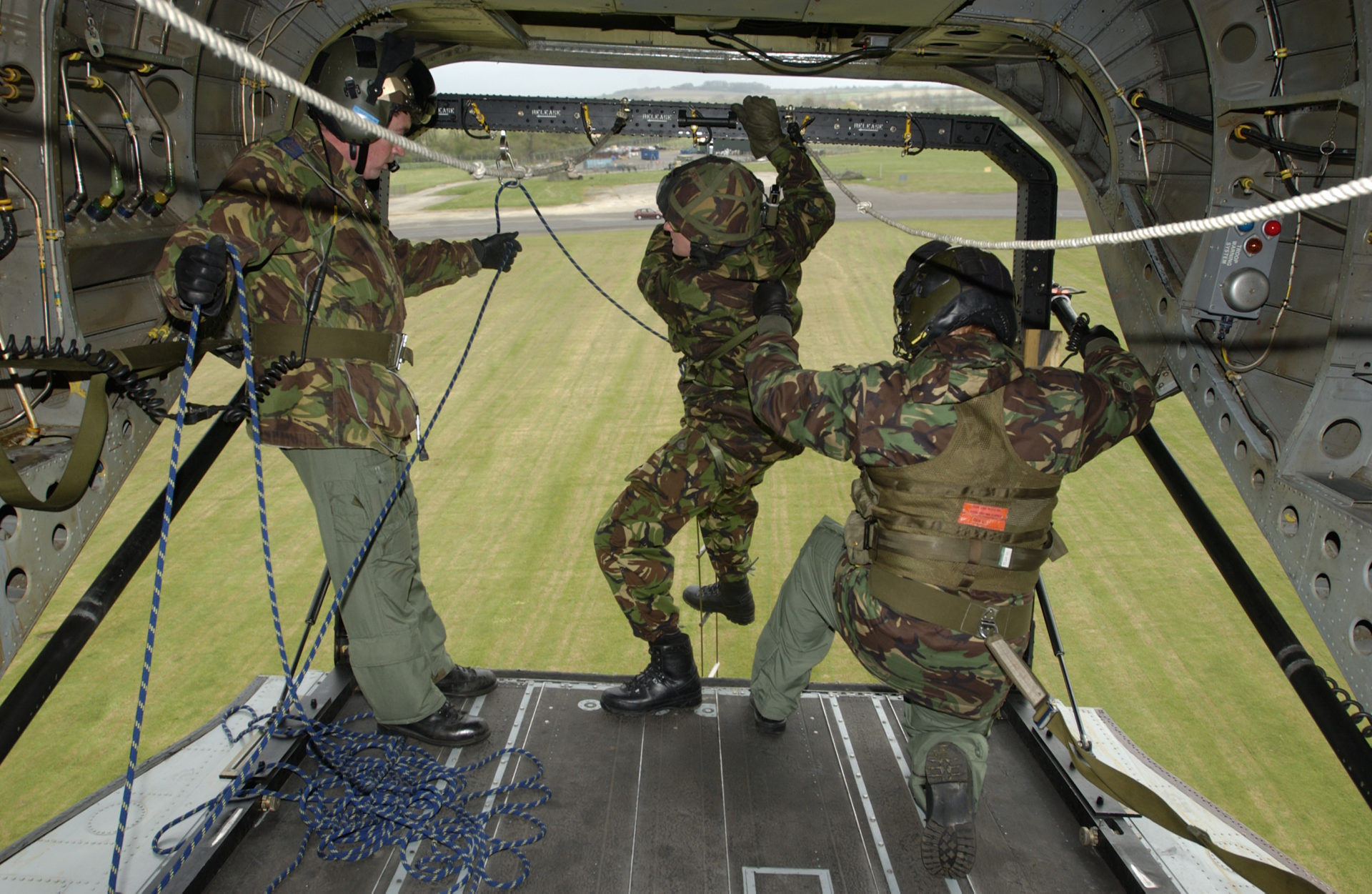 IrvinGQ TIESE Troop Insertion and Extraction System Equipment